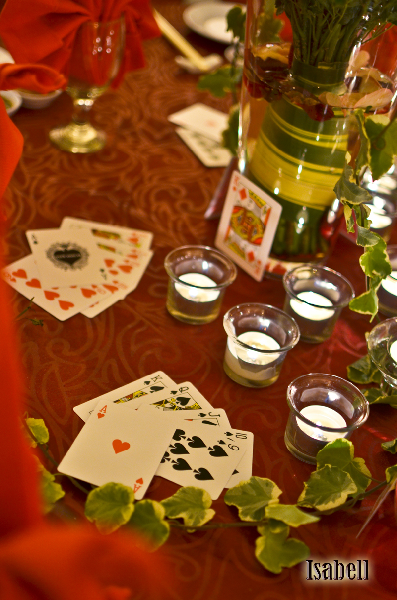 Enjoy a poker or casino wedding for personalized theme wedding for Decoration poker